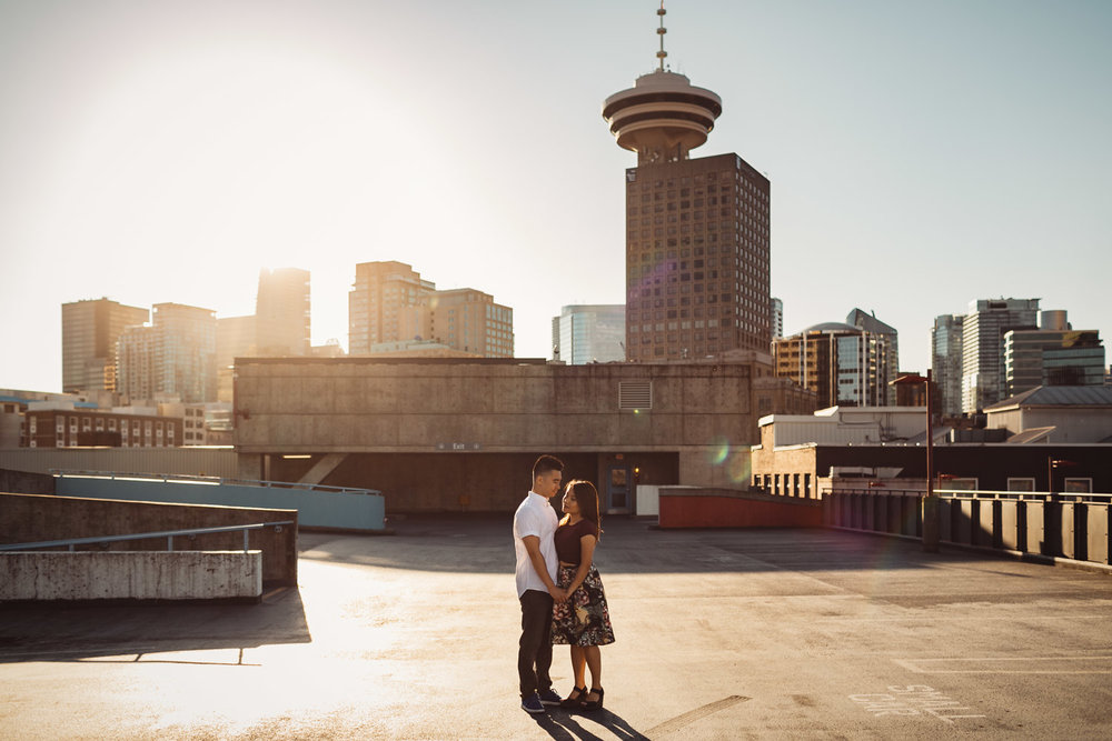 gastown rooftop sunset engagement photography portraits in vancouver bc