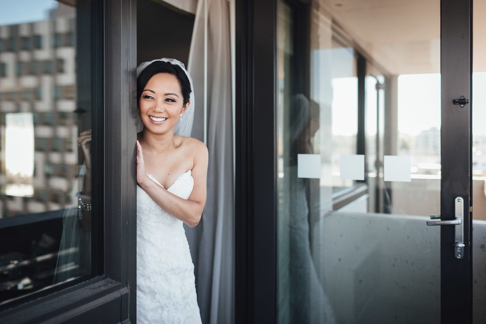 laura villaruel martin bride wedding at holiday inn vancouver centre on west broadway