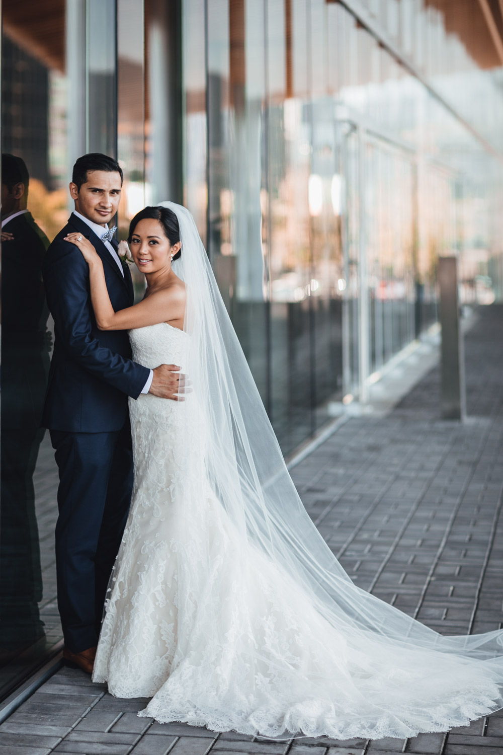 bride and groom potraits at the vancouver convention centre in coal harbour