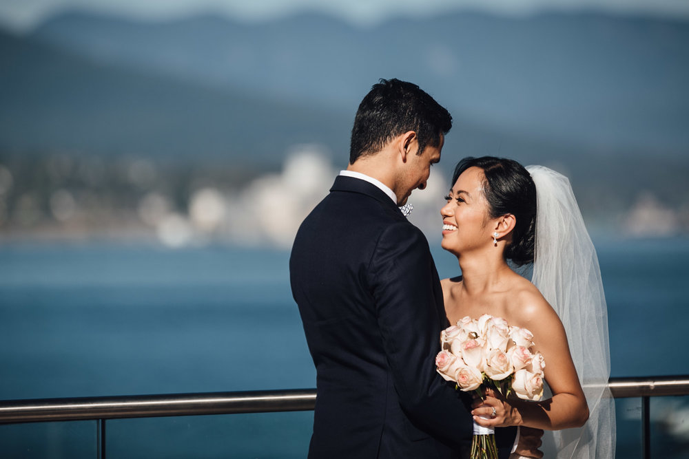 vancouver north shore coal harbour wedding portraits
