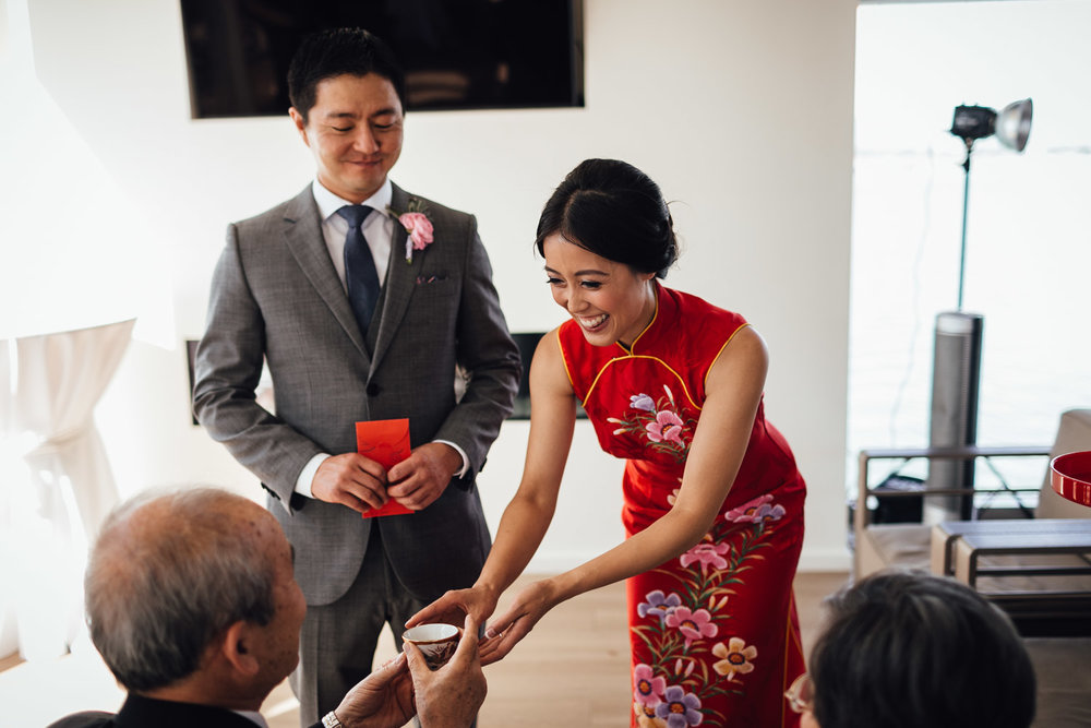 richmond wedding photography chinese tea ceremony bride and groom