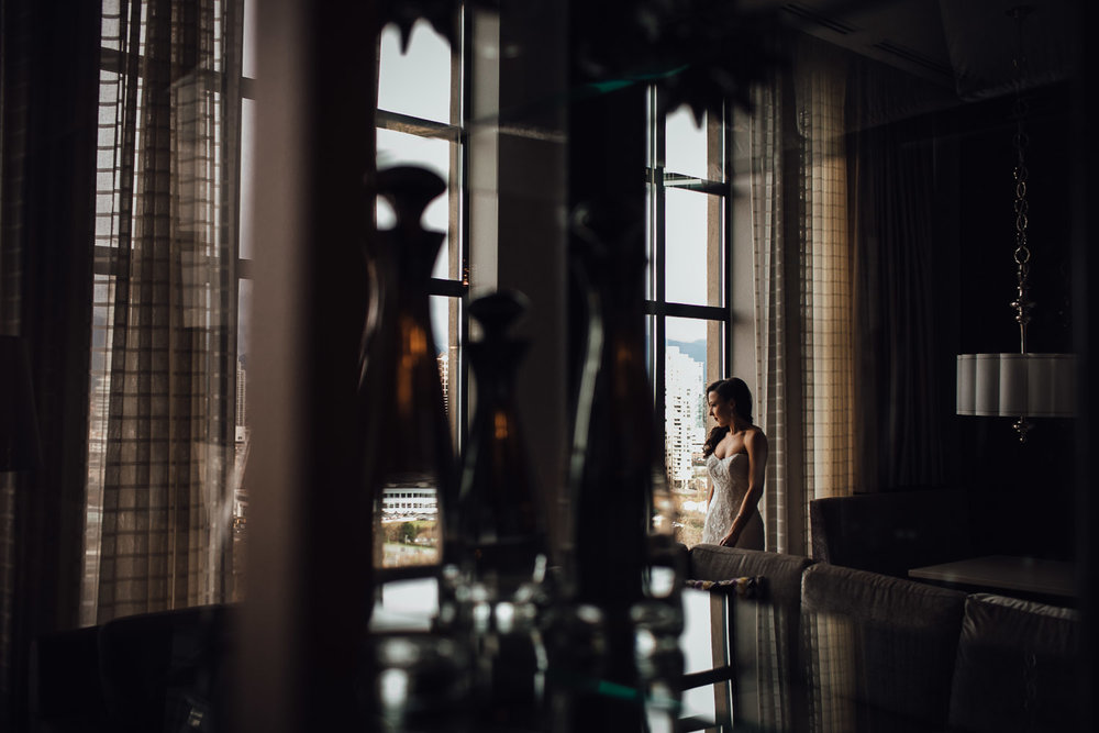 bride getting ready window reflection art vsco wedding photography burnaby
