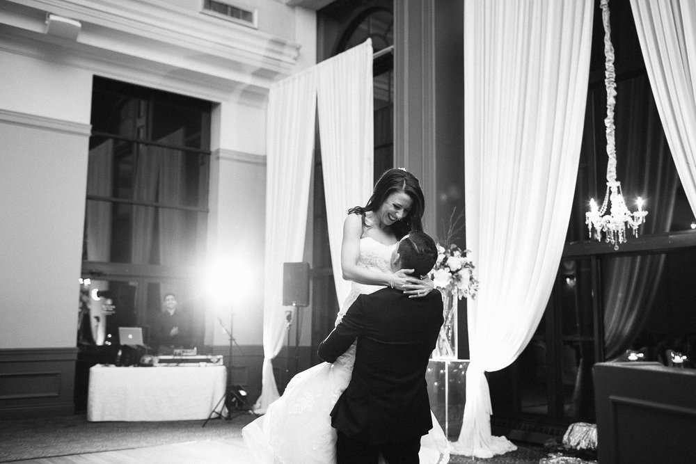 first dance bride and groom black and white vsco wedding photography
