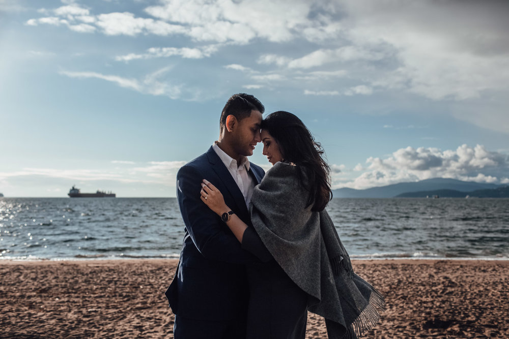 vancouver engagement photography in stanley park south east asian
