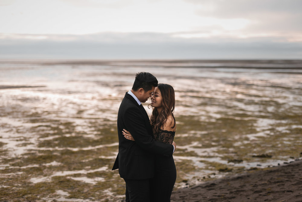 iona beach low tide engagement photography sunset vsco natural candid richmond bc