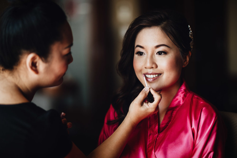 bride getting ready richmond wedding photography river rock casino hotel maggie lin
