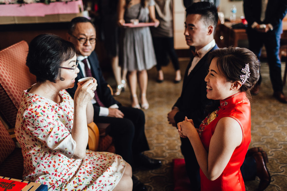richmond wedding photographer chinese tea ceremony at river rock hotel