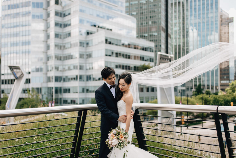 vancouver wedding photography at coal harbour bride groom portraits veil