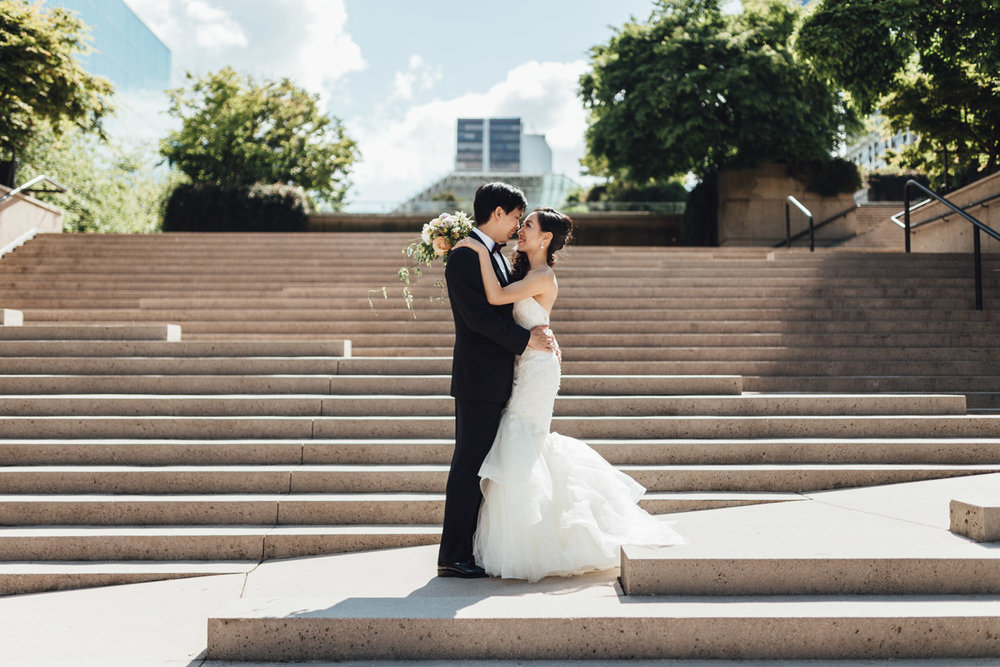 vancouver art gallery wedding photography bride groom portraits robson square