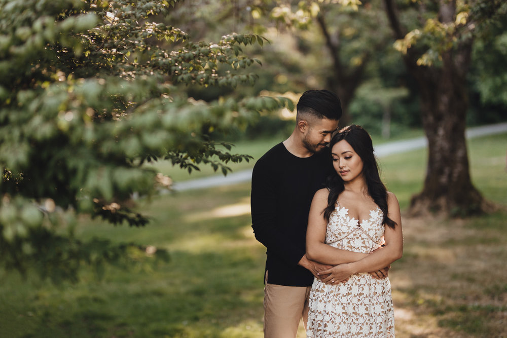 rose garden stanley park engagement photography in vancouver bc