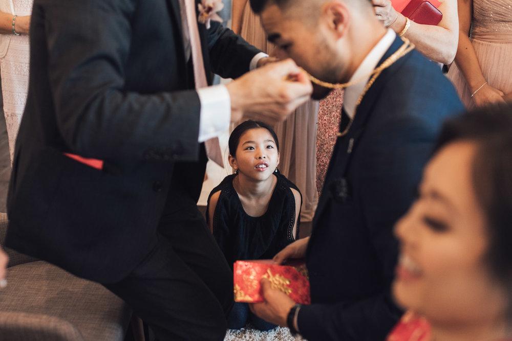 chinese tea ceremony vancuover wedding photography