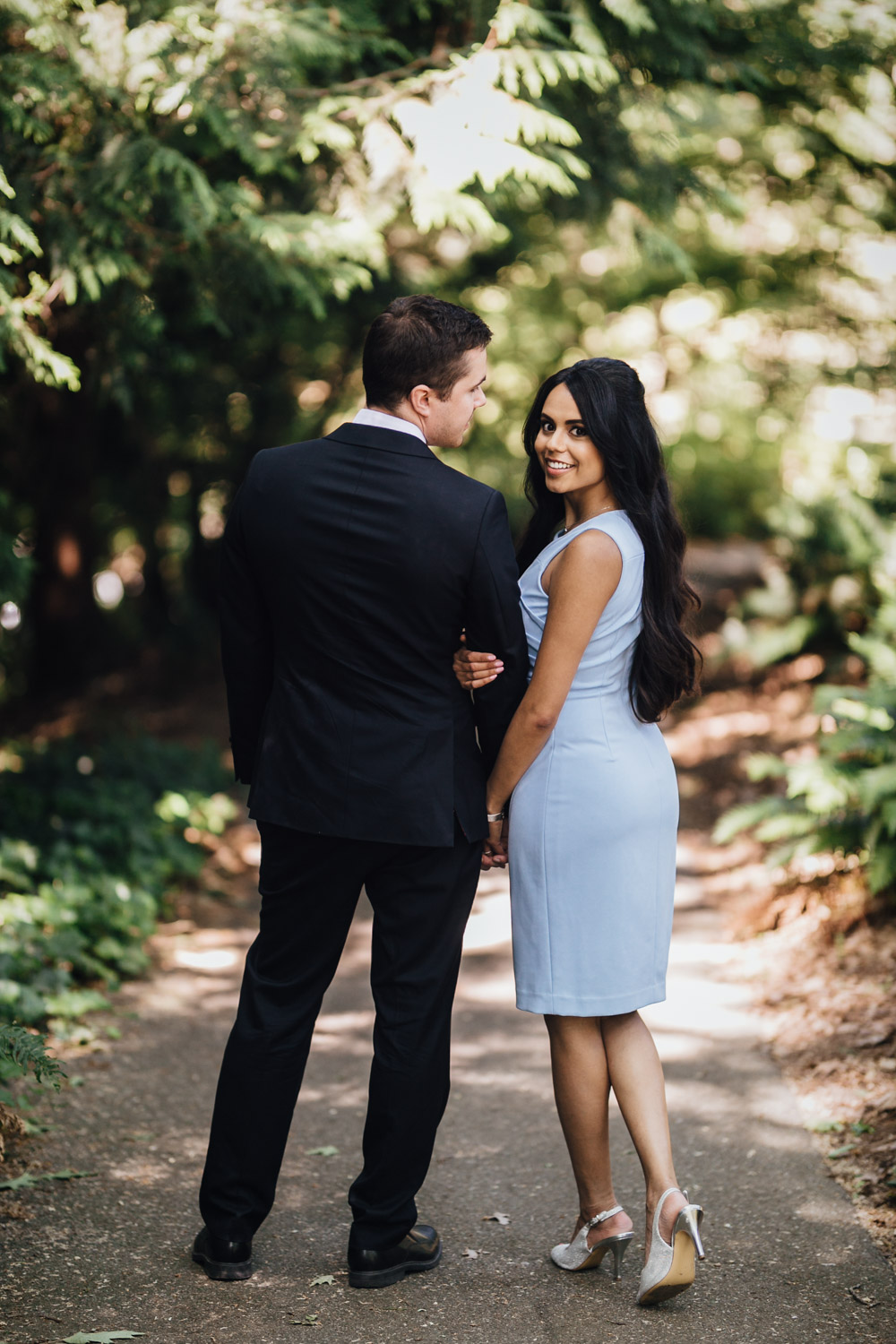 queen elizabeth park engagement session in summer photography