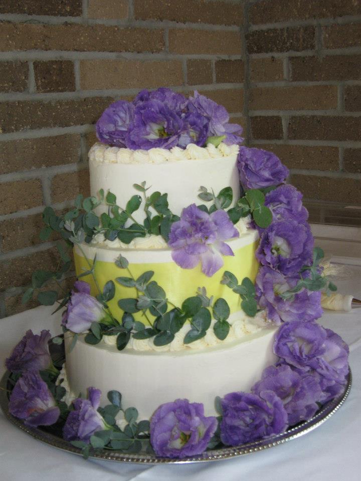 cakeandflowers2.jpg
