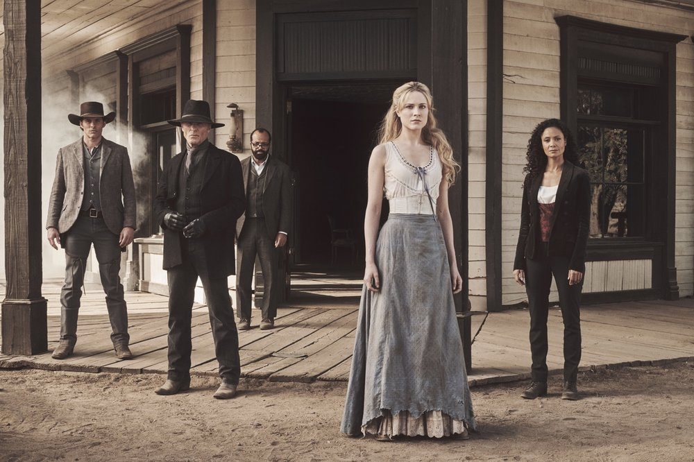 SHOT_06_EW_WESTWORLD_GROUPSHOT_SWEETWATER_0078_-1-1240x826.jpg
