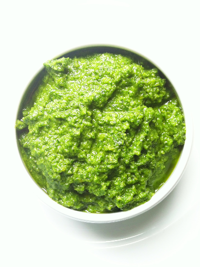 basil & pine nut pesto | hello, sweetie!