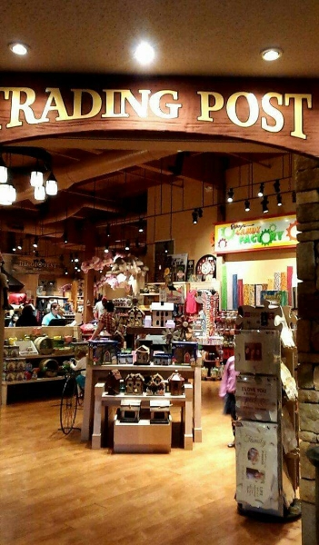 the gift shop at Great Wolf Lodge