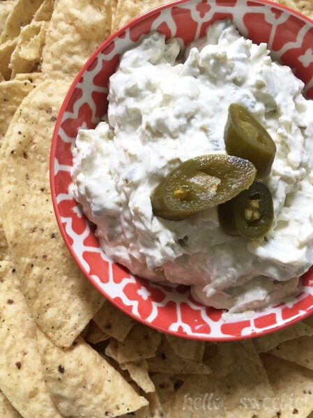 creamy, spicy jalapeno artichoke dip with Greek yogurt