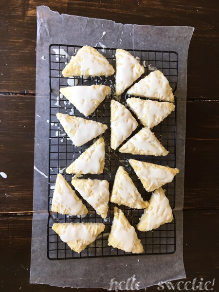 Lemon and Cream Scones | Hello, Sweetie!