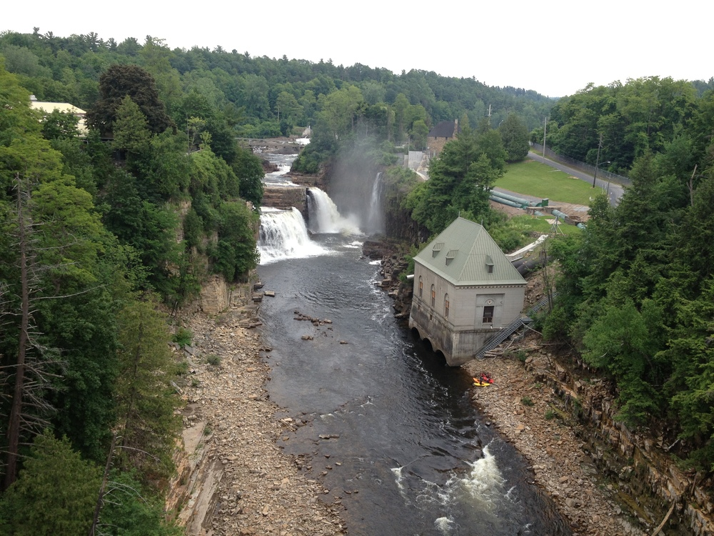 The stunning Ausable Chasm, just down the Ausable River from Keeseville. That red and yellow dot is three kayaks getting ready to lauch, and I watched them paddle upstream to the base of the falls, then take some great rapids just below the bridge.