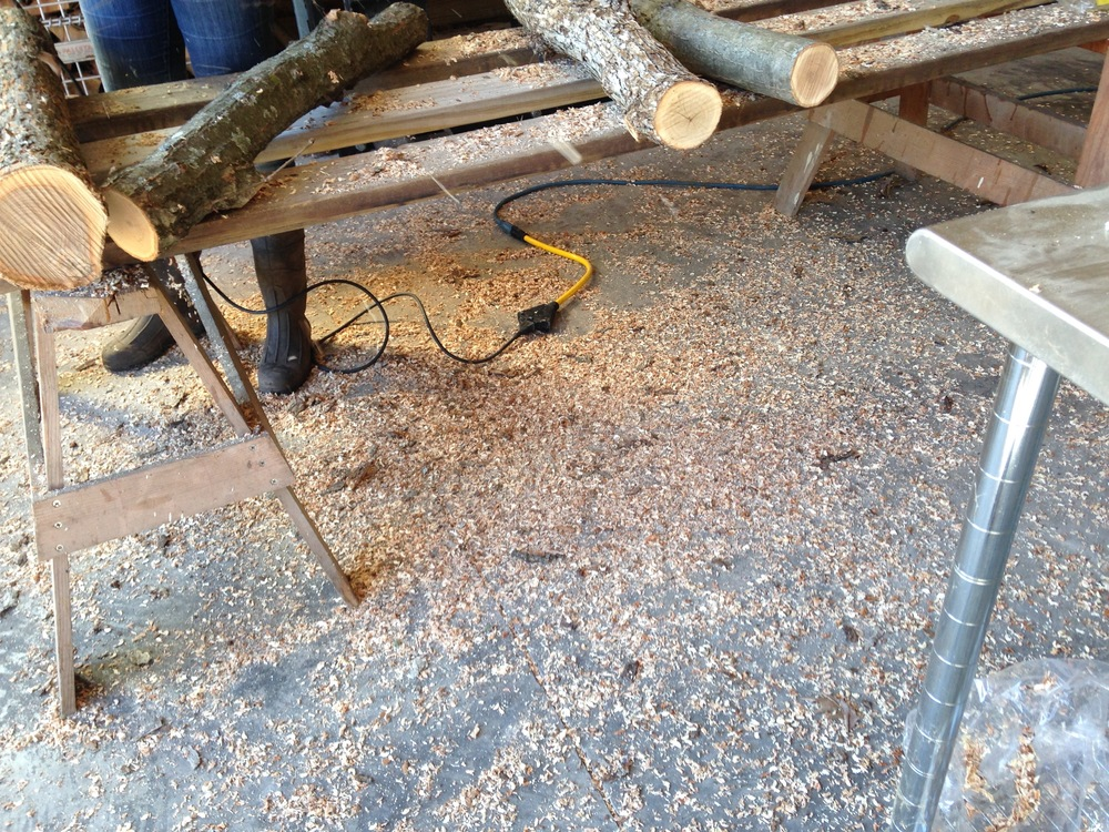 The grinder throws the sawdust from the holes pretty spectacularly.
