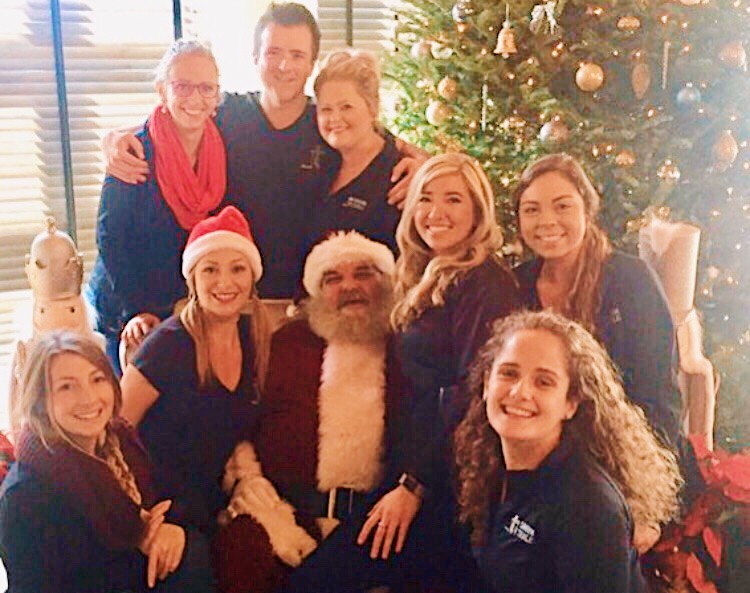 Santa with the staff at Tavern & Table for their Santa Brunch 2017.