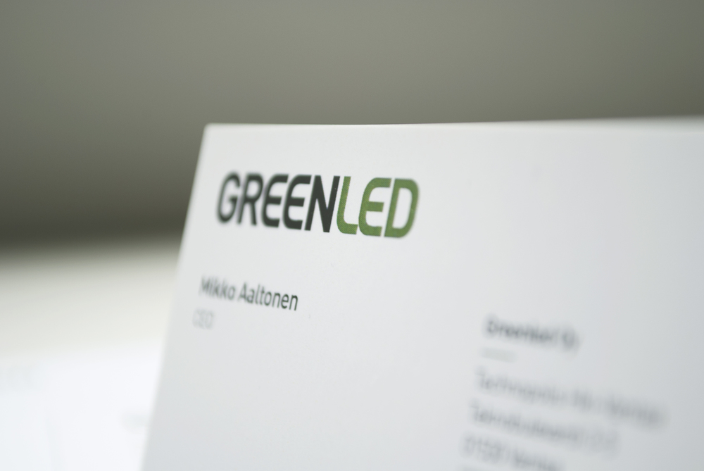Happy Branding Company_Greenled_käyntikortti.jpg