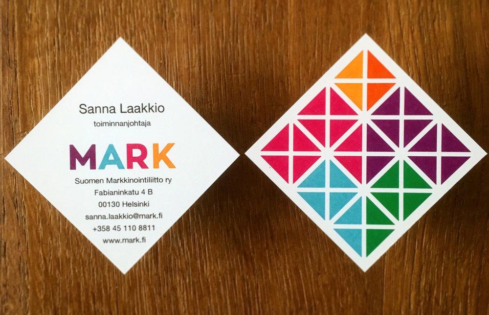 Happy Branding Company_MARK_käyntikortit.jpg