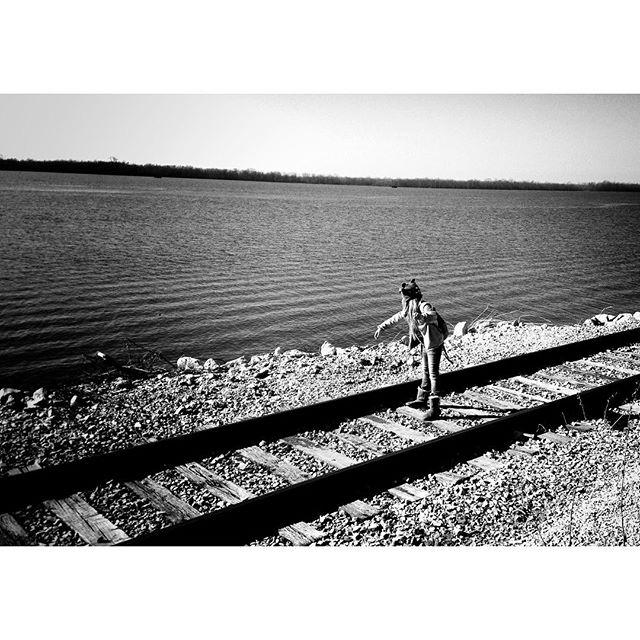 Mississippi River Rock Chucker 2013 Edition. #throwlikeagrrl #thegirlonthetrain. . . . #throwback #alton #riverside #mississippi #mississippiriver #rivertown #riverfun #bnwphotography #bnw #bnw_planet #bnw_rose #bnw_captures #blackandwhite #blacknwhite #blacknwhite_perfection #blackandwhiteisworththefight #blackandwhitephotography #blackandwhite #2013