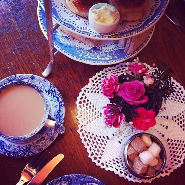 london-afternoon-tea-040313.jpg