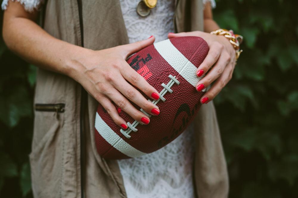 08-female-football-fans-092213.jpg