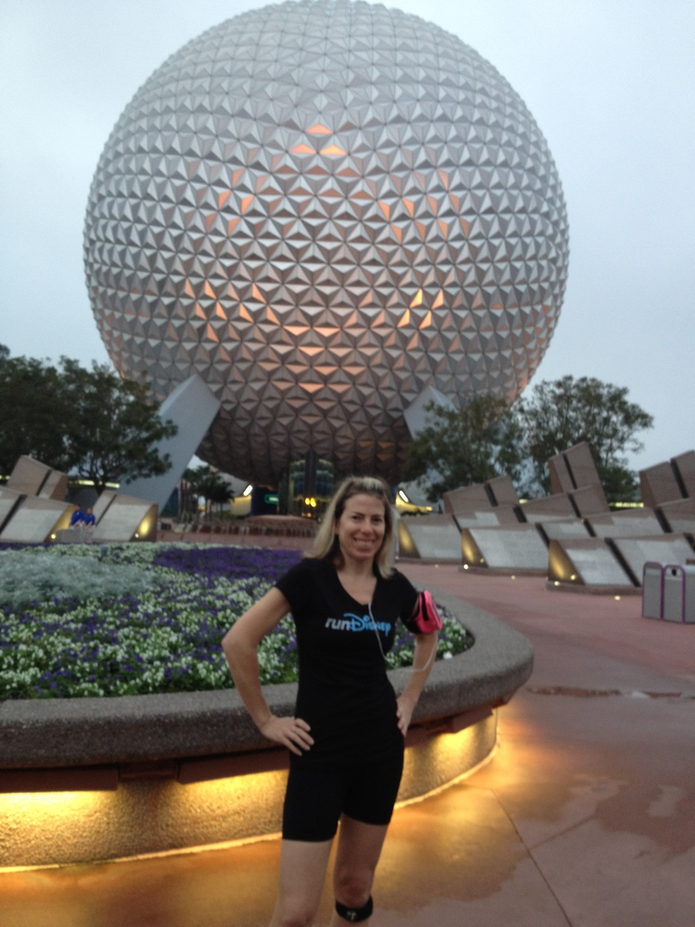 Princess Half Meet Up - running through an empty Epcot with Jeff Galloway and other amazing runners!