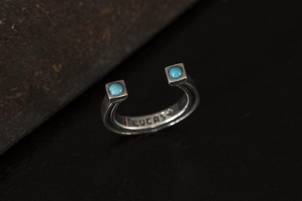 turquoise horseshoe ring