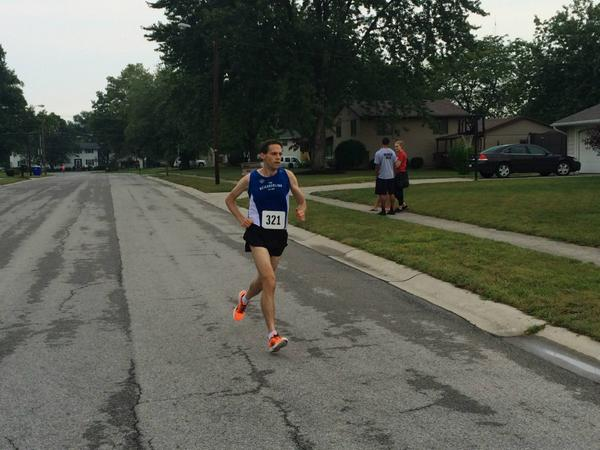 Calum Johnson - New Haven 10K - 38:17