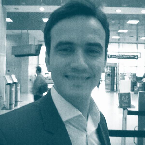 <b>Bruno Moraes</b></br>Diretor de Estratégia em SI na Morphus