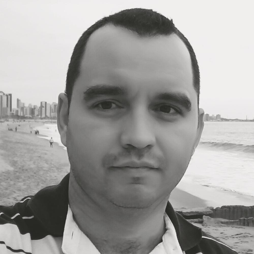 Daniel Mourão.png