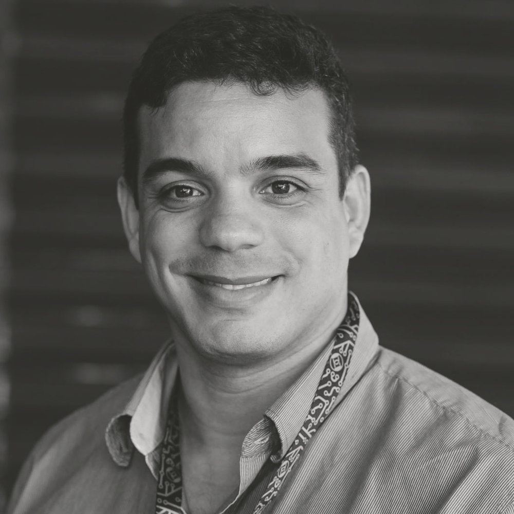 <h3>Felipe Espósito</h3>Instrutor e Security Researcher na BlueOps