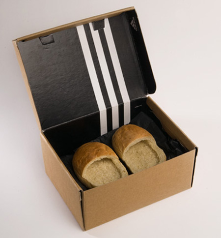 bread shoes in box_03