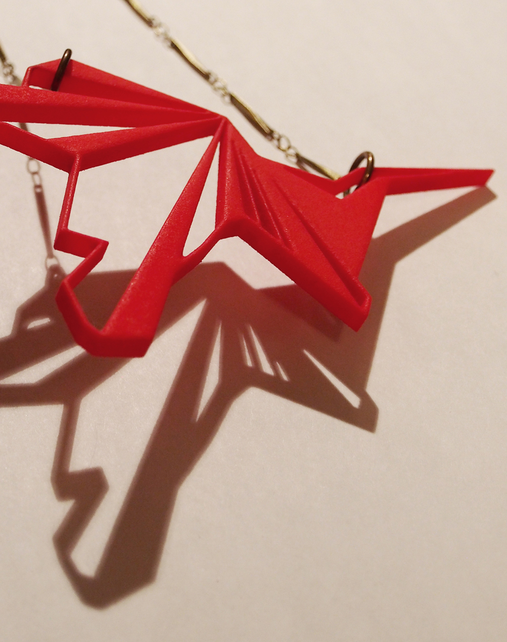 fragmented_01 necklace_plastic_red_detail_small.jpg
