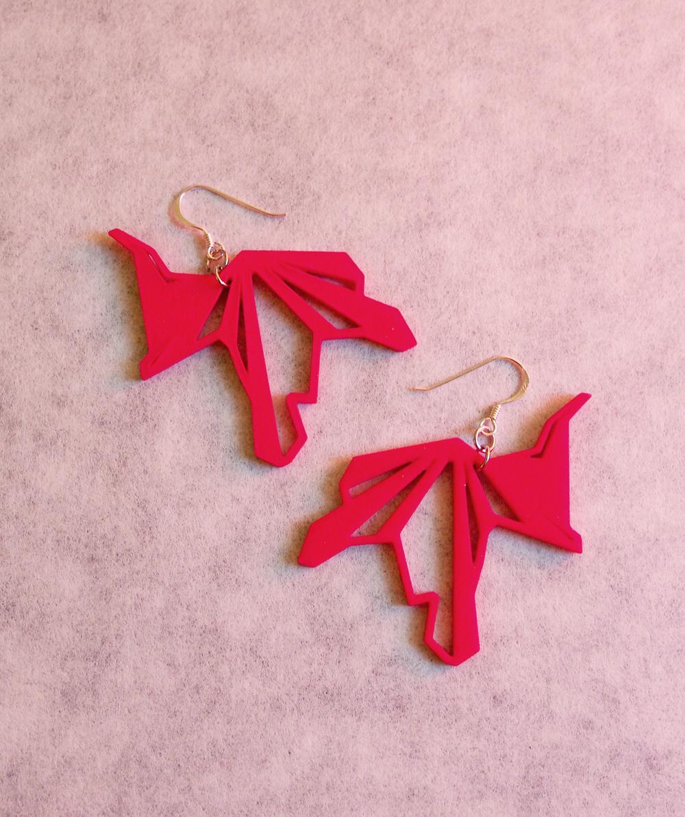 Fragmented_earrings_01_red_small.jpg