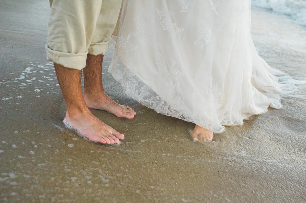 kate-nick-bethany-beach-delaware-wedding-ocean-suites-8.jpg