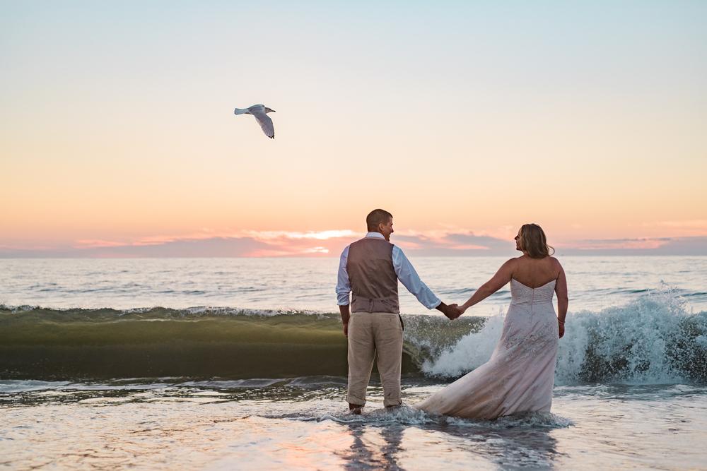 kate-nick-bethany-beach-delaware-wedding-ocean-suites-11.jpg