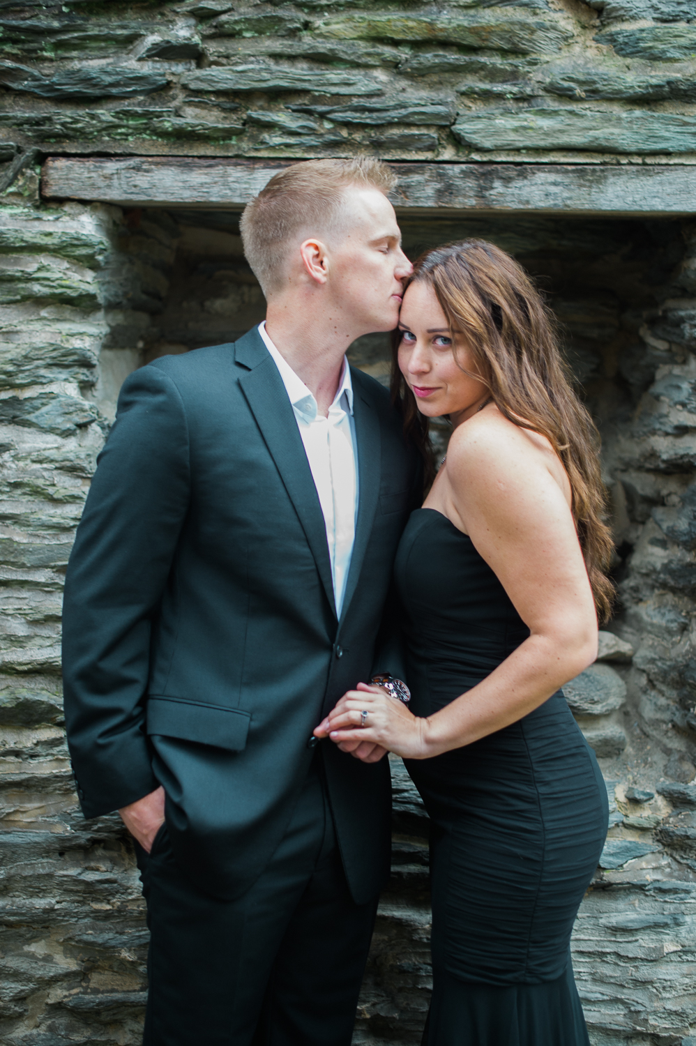 callie-and-chris-harpers-ferry-church-ruins-engagement-14.jpg