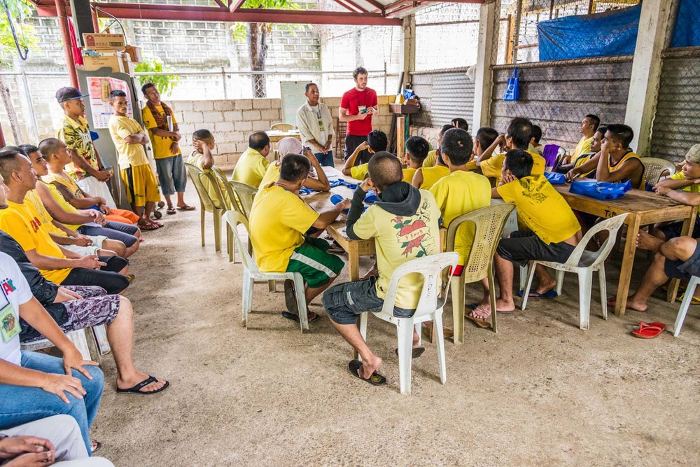 Nathan Cameron teaches from Exodus 3 at the Lapu Lapu City Jail. Detainees in places like this have been known to wait up to 5 years to go to trial for crimes they are accused of committing.  It becomes the role of the people of God to infuse hope into a place that feels like a stagnant pause in prisoners' lives.