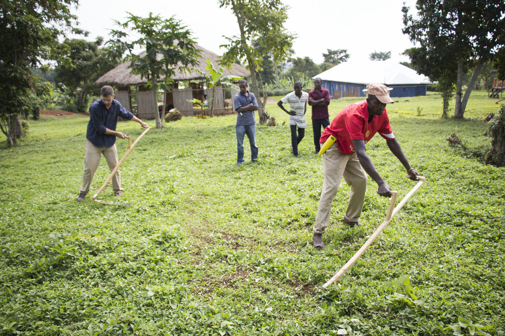 In East Africa, keeping the grasses low on your compound is of utmost importance for keeping away pests, eliminating mosquito habitats, and maintaining order around the home. Traditional methods of slashing grasses are time consuming and harmful to the body. Even on the first day of training, the men were extremely encouraged that the time they would usually spend slashing grass could be decreased by two-thirds with the use of a scythe.