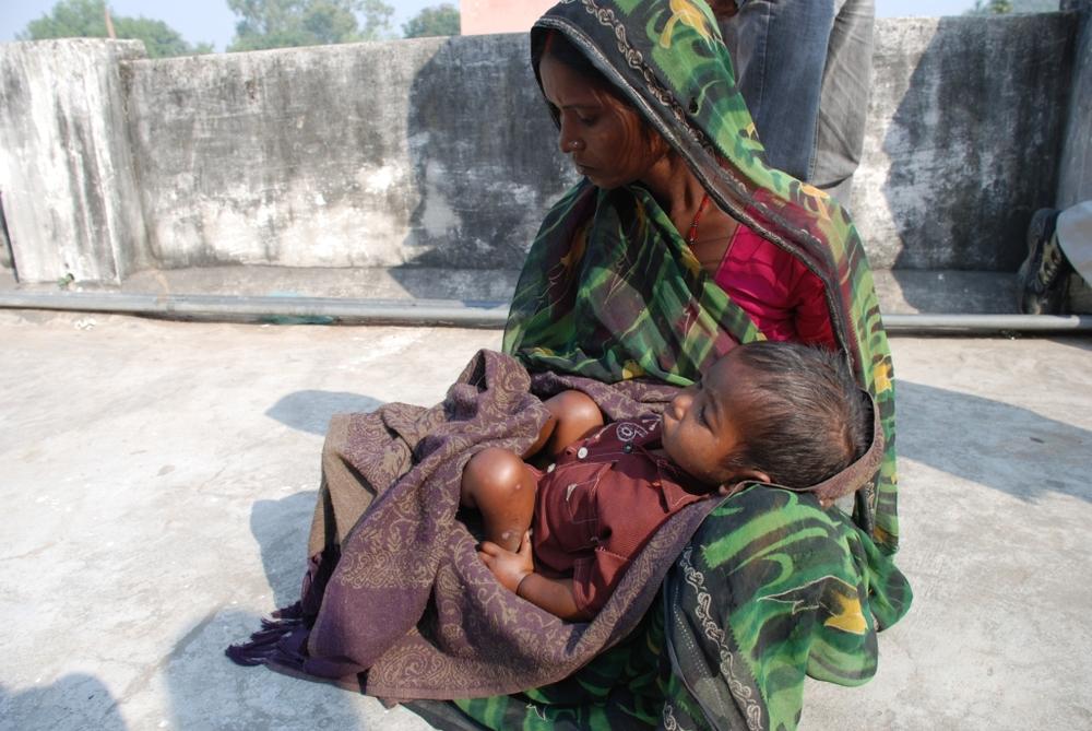 India mama n child.jpg