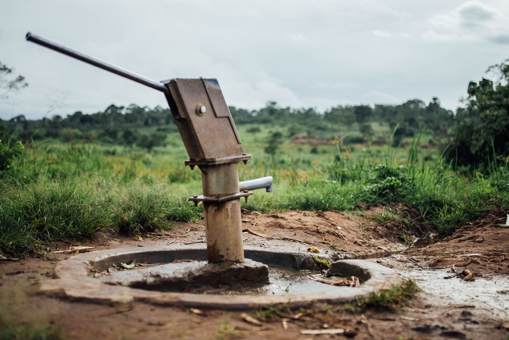 This is one of the many wells in the area that our team has repaired to full use. Many wells are donated to Africa, but a large majority of them are in disrepair due to a lack of skilled technicians. Our team is equipped to prepare broken down wells, and through this service has restored water accessibility to thousands.