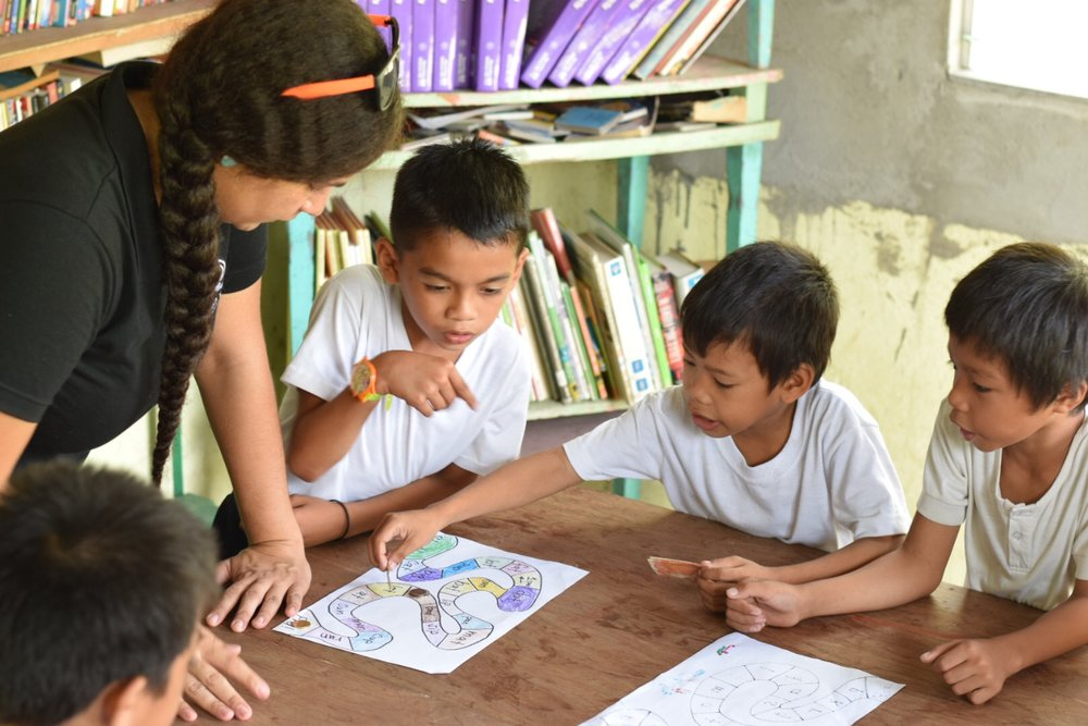 Leafa has been volunteering at Baras Elementary School as part of a 6 month Study Abroad Trip to The Philippines. She is getting the opportunity to practice skills she's developed in her studies in Literacy and Education at The Institute for G.O.D. Int'l.