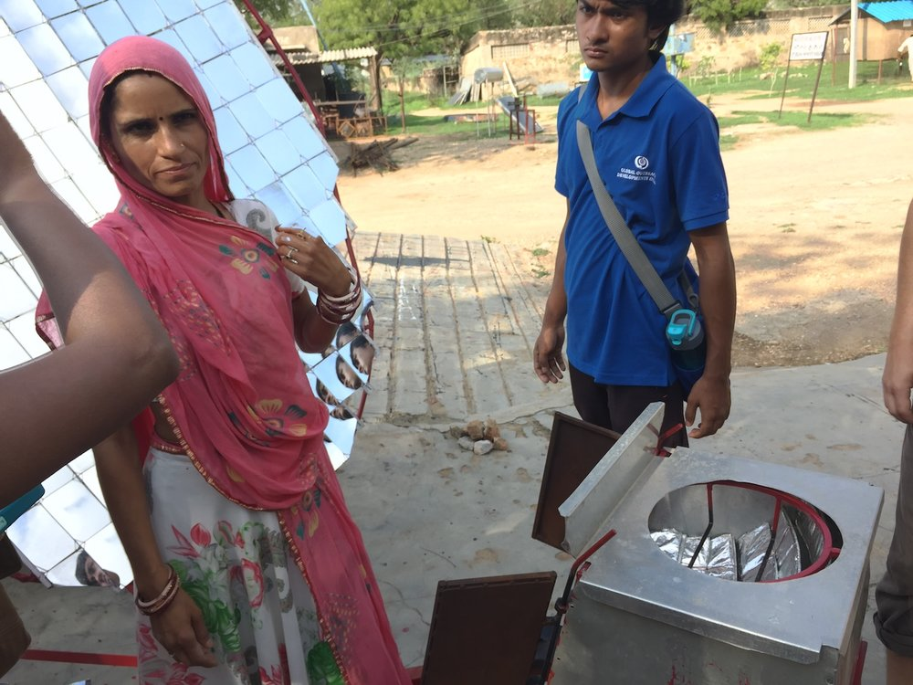 At Barefoot, illiterate women learn how to build solar cookers that can cook a family's food only using the power of the sun.
