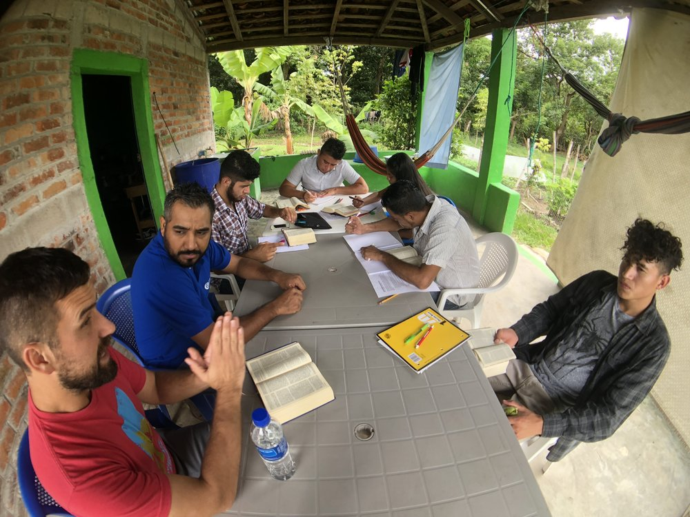 I led a bible study for our Salvadoran interns with fellow team member Rafael Reyes. Times of Bible study are crucial for developing the critical thinking necessary to use information responsibly.