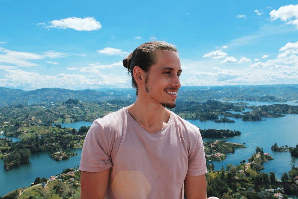 Christian Lowery atop Piedra Peñol